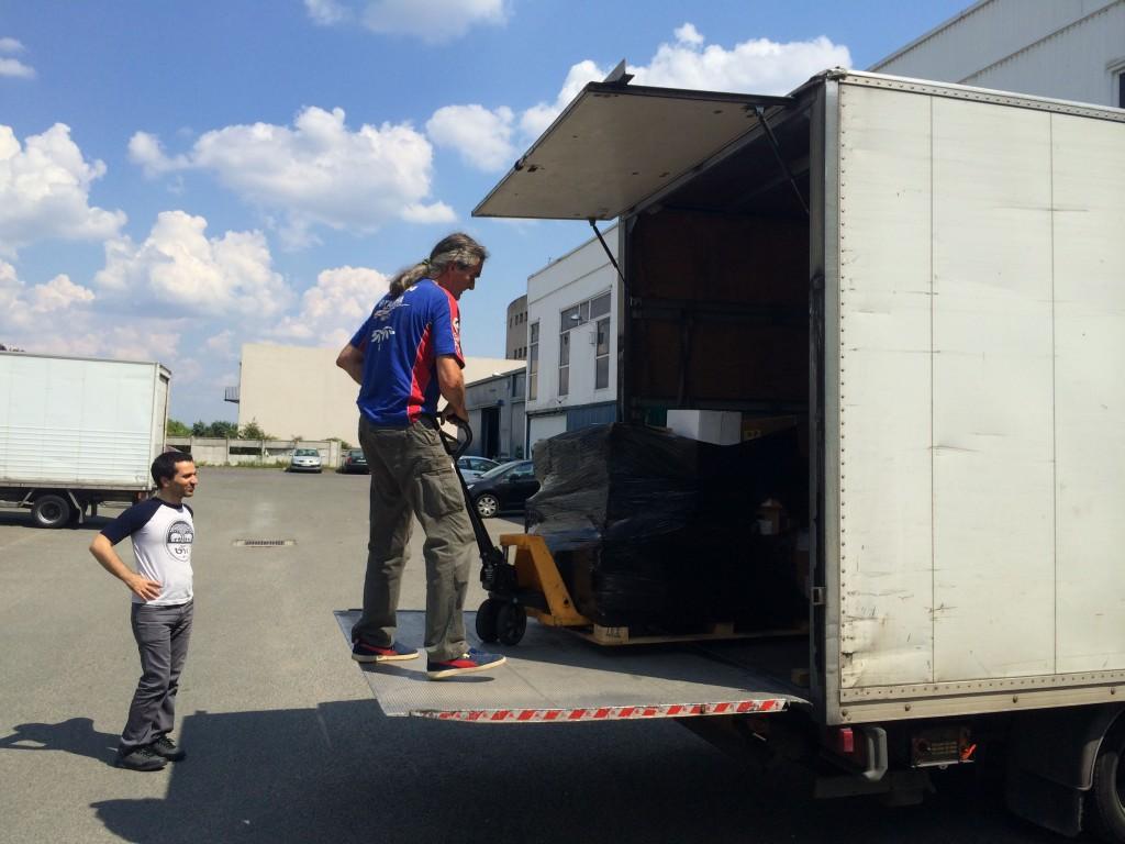 Débarquement du camion
