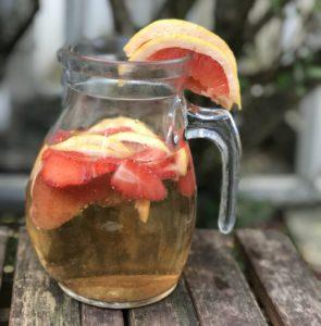Hojicha glacé fraise pamplemousse