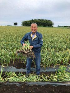 Monsieur Kashiwazaki lors de la récolte